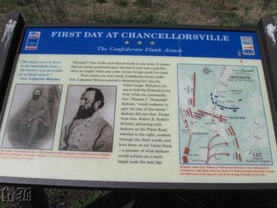 [The Confederate Flank Attack] - Confederate Gen. McLaws held the Union troops while Gen. Stonewall Jackson circled around to the Union rear.