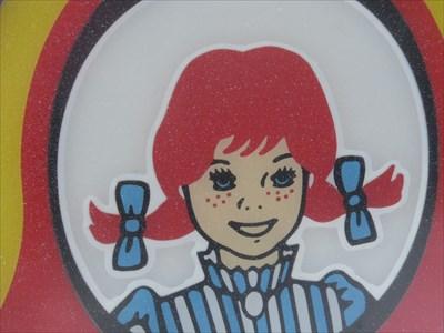 Fifi brin d'acier ou Wendy? ou peut être jumelle!