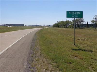 Looking south along TX 81.