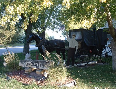 Horse and carriage at 1000 Academy Avenue, York, NE by the front door of the Roger and Jody Blum residence.  Photo taken Sept. 30, 2009 from the south.