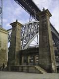 Image for Pilares da ponte pênsil - Porto
