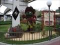 Image for (LEGACY) Pirate Mickey and Princess Minnie - Magic Kingdom, FL