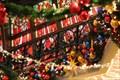 Image for Emporium fences HM - Disneyland Paris