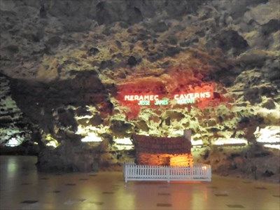 veritas vita visited Meramec Caverns