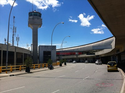 Airport Drop-off & Pick-up, JMC Airport, Rionegro, Colombia