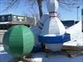 Image for 2 Quilles et 1 boule.  -Saint-Eustache.  -Québec.
