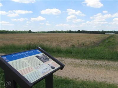 This is the middle of the most successful Union attack in the Battle of Fredericksburg. `Ditch fences` (irrigation ditches) run along both sides (as seen to the right) and were much steeper during the Civil War.