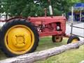 Image for Vieux tracteur à Boisbriand