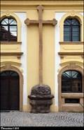 Image for Kríž na barokním špitálu / Cross at Baroque hospital - Dum Marie Terezie knežny Savojské - Kostelec nad Cernými lesy (Central Bohemia)