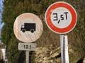 Image for panneaux limitation Gascougnolles,FR
