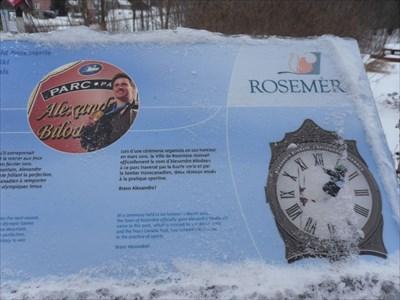 """Alexandre Bilodeau surnom """"L'Horloge de Rosemère"""" d'où le montage photo.  Alexandre Bilodeau nickname """"The Rosemere Clock"""" where picture editing."""