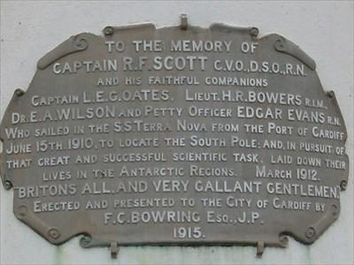 Scott Memorial, Roath Park, Cardiff, Wales
