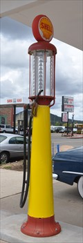 Image for Shell Vintage Gas Pump - Williams, Arizona