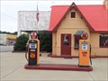 Image for Two Pumps - Baxter Springs Independent Oil and Gas Service Station - Baxter Springs, KS