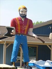 Muffler Man - Paul Bunyan - Brooklyn - Michigan.