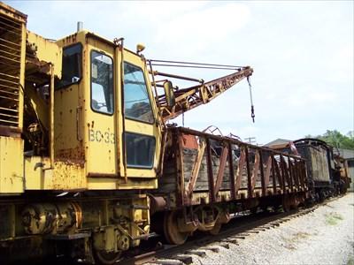 Union Pacific #BC-33 Locomotive Crane 1984 Builder: Pyke Self-propelled; 18-ton capacity.