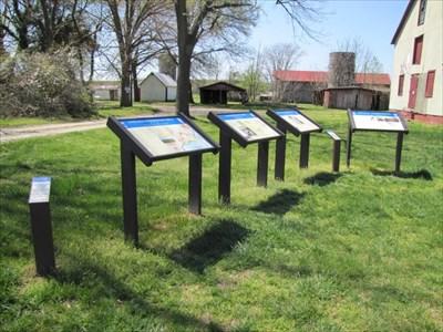 Sign Cluster at Trail Beginning, Fredericksburg, VA