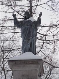Photo de la partie statue du Sacré-Cœur.Photo of the statue part of the Sacred Heart