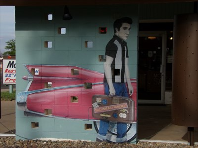 Elvis Arrives - Tucumcari