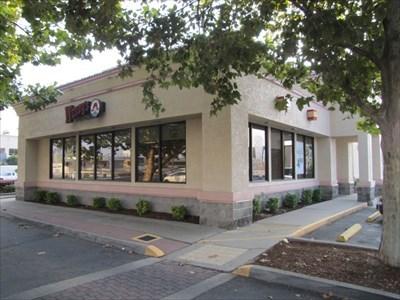 Wendy's Entrance, Roseville, CA