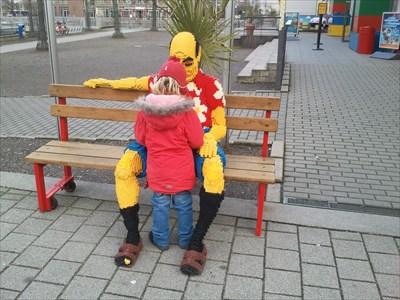 Beim Besuch des Legolands mit den Kindern schnell geloggt.Jobss