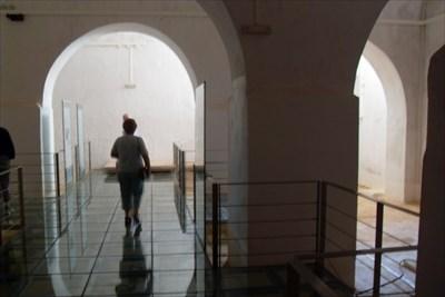 ...inside the XII century cistern.