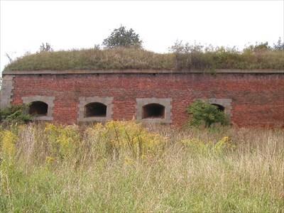 Dělostřelecké kasematy Předbastionu č. VII / Artillery casemate Before-Bastion N. VII.