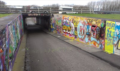 Grafitti tunnel WMJ7FG