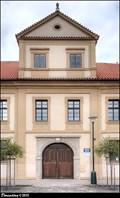 """Image for Panská hospoda, dum c.p. 10 - """"Ó Velvary, ó Velvary, kde jsou mé tolary?"""" - Velvary (Central Bohemia)"""