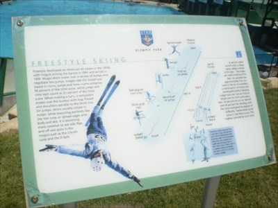 about freestyle skiing