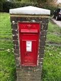 Image for Victorian Pillar Post Box - Billingshurst, West Sussex, UK