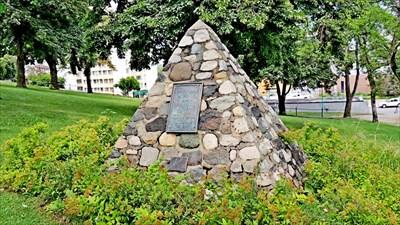 Cenotaph Park