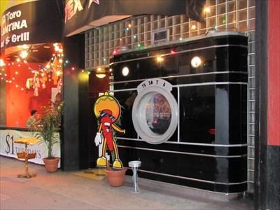 El Toro Cantina, Los Angeles, Pane 3