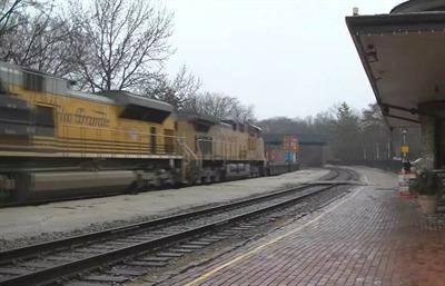 freight hallin' thru