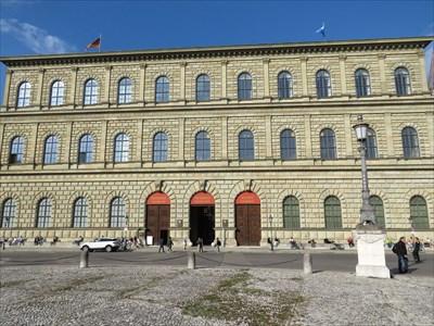 Residenz Museum München Germany History Museums On Waymarkingcom
