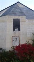 Image for L'homme masqué à la fenêtre - Saint-Cyr sur Loire, Centre