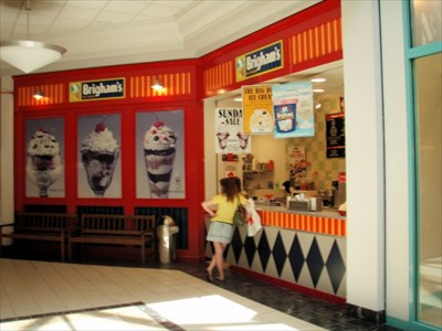 ice cream cape cod mall hyannis ma ice cream parlors