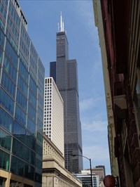 Willis Tower - (Sears Tower) - Chicago.