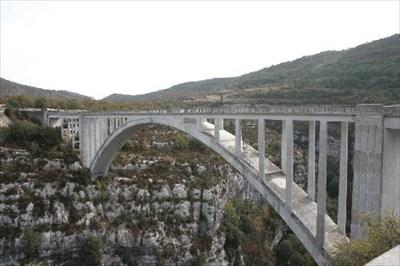 Pont de l 39 artuby provence france bungee jump sites on - Location gorge du verdon avec piscine ...
