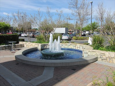 Kirker Pass Shopping Center Fountain - Clayton, CA - Fountains on