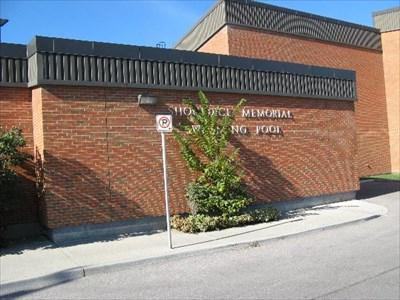 Shouldice Memorial Swimming Pool Calgary Ab Canada Public Swimming Pools On
