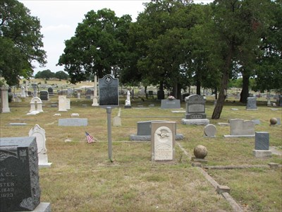 0ccam visited Thomas C. Snailum's grave on September 6, 2008