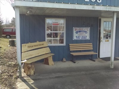 Danny Wayne Blaney dedicated bench, by MountainWoods