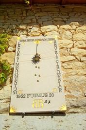IMAGE SHOWS SUNDIAL AT GIGOUZAC 47210 SAINT-EUTROPE-DE-BORN FRANCE