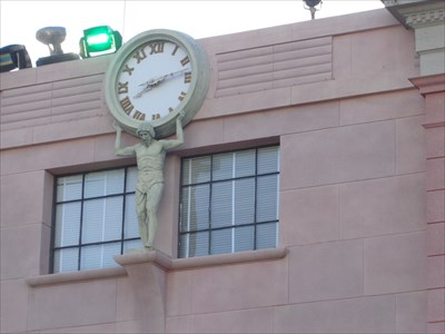 veritas vita visited R. H. Macy Clock