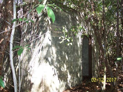 Block building at Royal Palm area of Everglades National Park, by MountainWoods