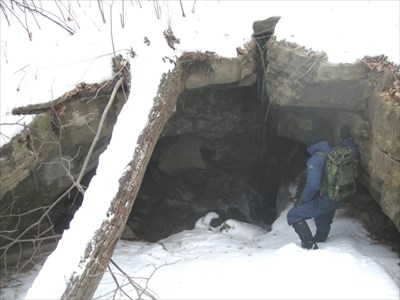 Wolfmaan near Potruff Cave