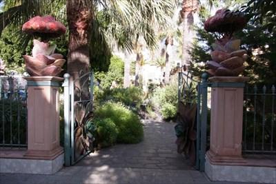El peque o jardin botanico del parque antonio g mez felipe for Jardin botanico san felipe