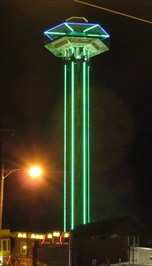 Space Needle - Lucky 7 - Gatlinburg