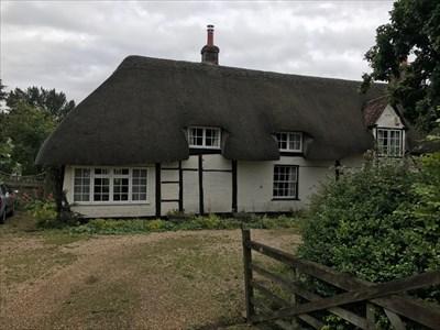 LaBurnum Cottage, Left SIde, Burghclere, Newbury, Hampshire, England